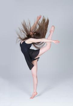 NicoleSchimpf_Dance_17.jpg