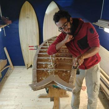 Stage de shape hollow!😁_#woodsurfboard