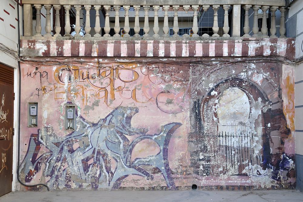 Street art in Granada's Realejo Neighborhood. Image source: Gwen Fran Flickr