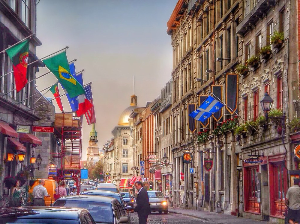 beautiful St. Paul Street in Vieux Montreal