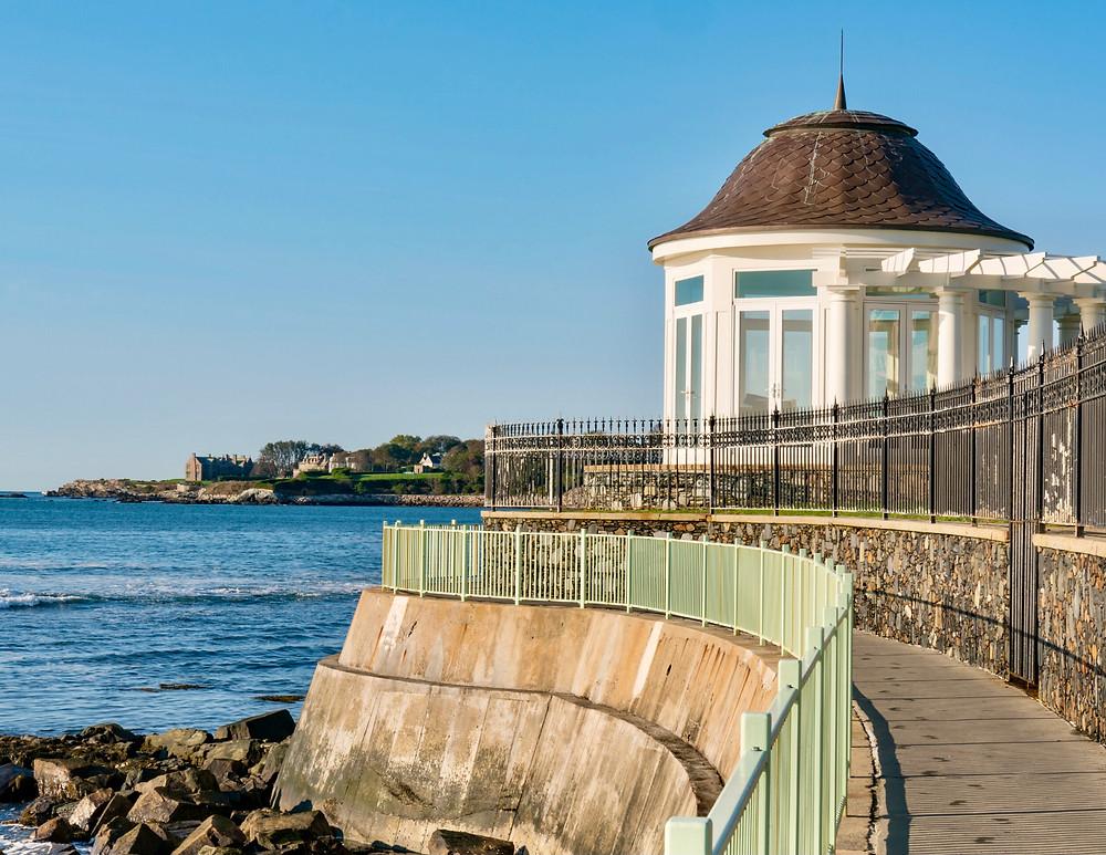 cliff walkway in Newport Rhode Island