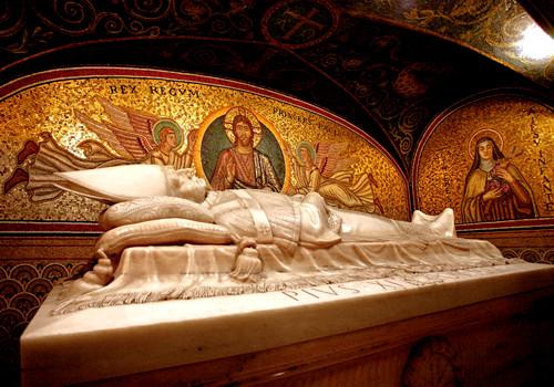 tomb of Pope Pius XI