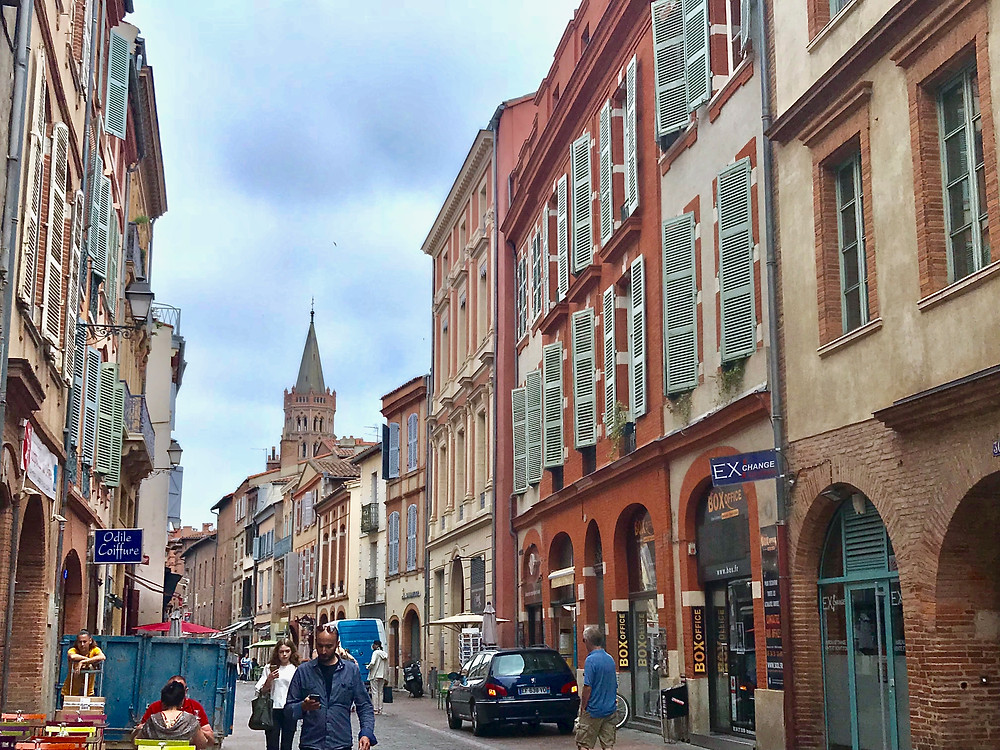 the streets of Toulouse, La Ville Rose