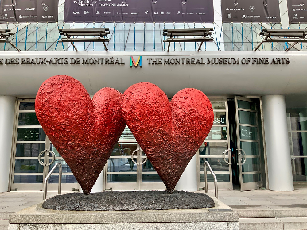Jim Dine, Twin 6' Hearts, 1999  -- in front of the main entrance of the museum