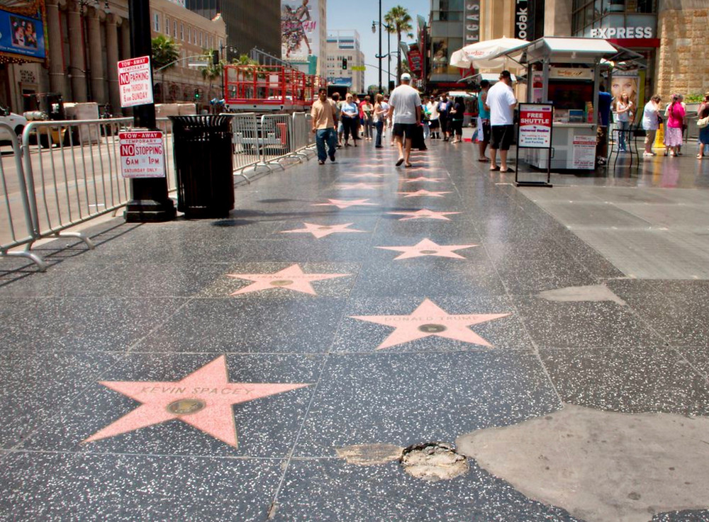 stars on Hollywood boulevard in LA