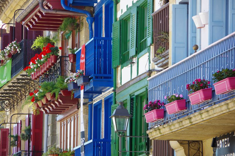 colorful houses in Hondarribia