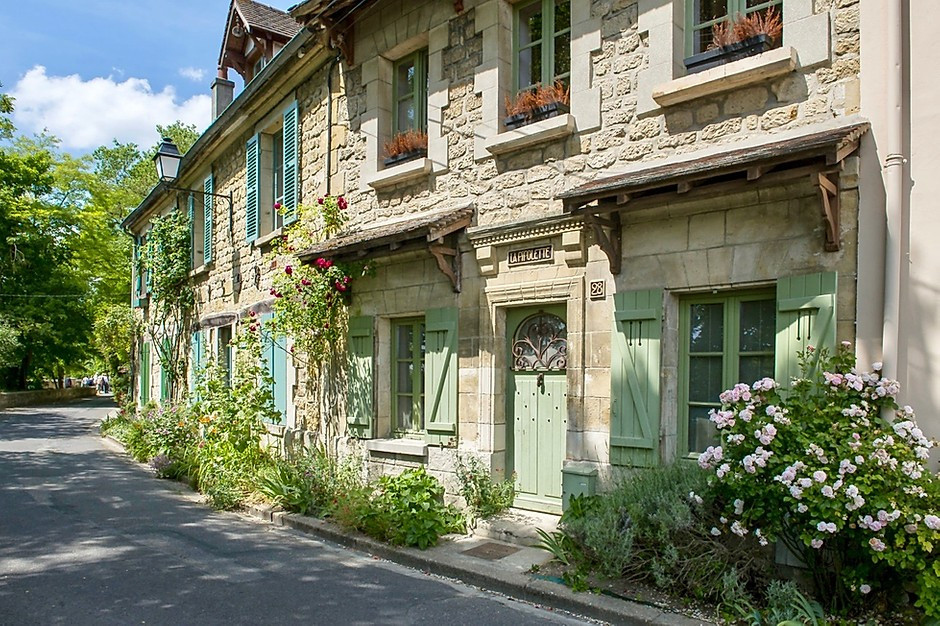 pretty lane in Auvers-sur-Oise in northern France, a Vincent Van Gogh town