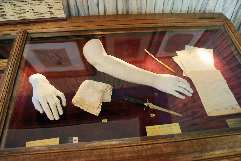 the hand of Chopin and the arm of Sand on display at the Musee de la Vie Romantique