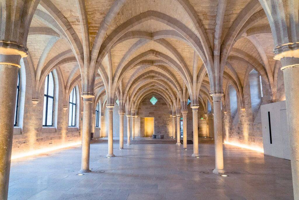 vaulted cloisters of the Collège des Bernardins