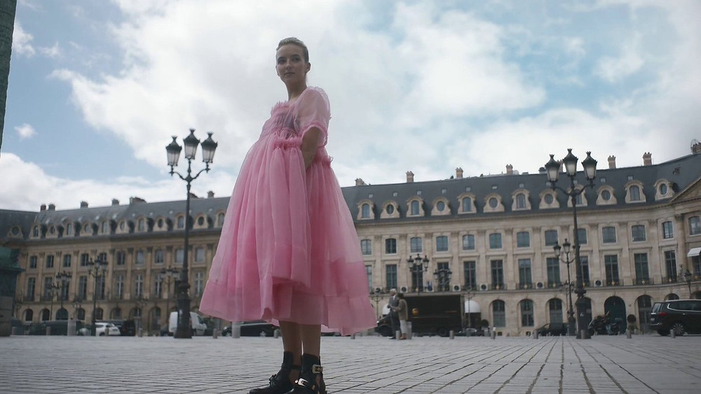 Villanelle in Place Vendome in Paris