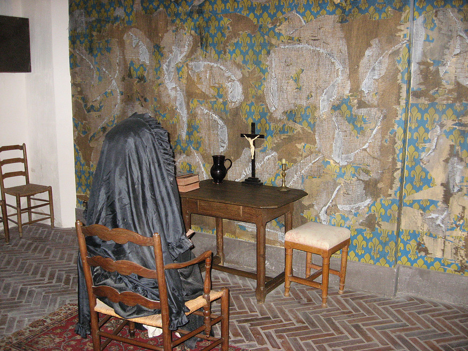 Kind of a kitschy reconstruction and staging of Marie Antoinette's cell. This wasn't the original site of the cell.
