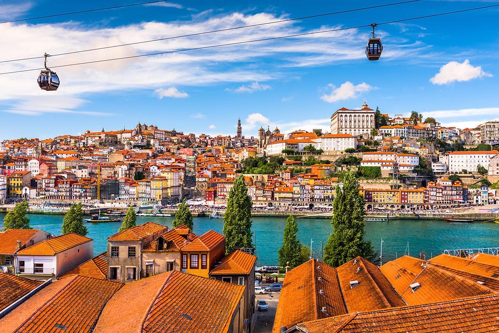 the funicular in Porto with views of old town Portio and Vila Nova de Gaia