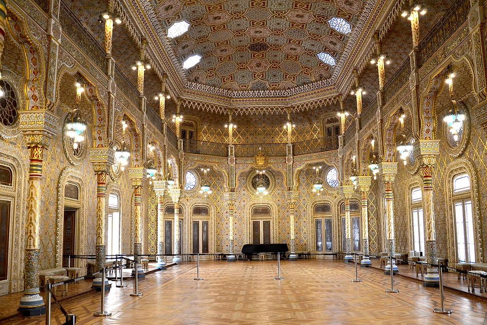 the Moorish Revival Room in the Palacio da Bolsa