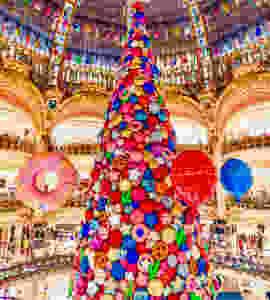 Galeries Lafayette Christmas tree in 2017