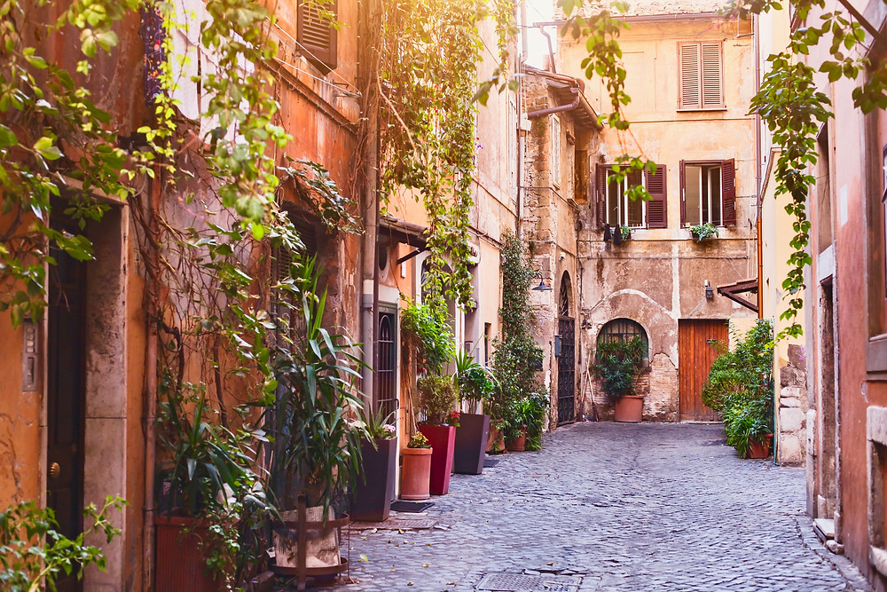 street in Rome's Trastevere neighborhood