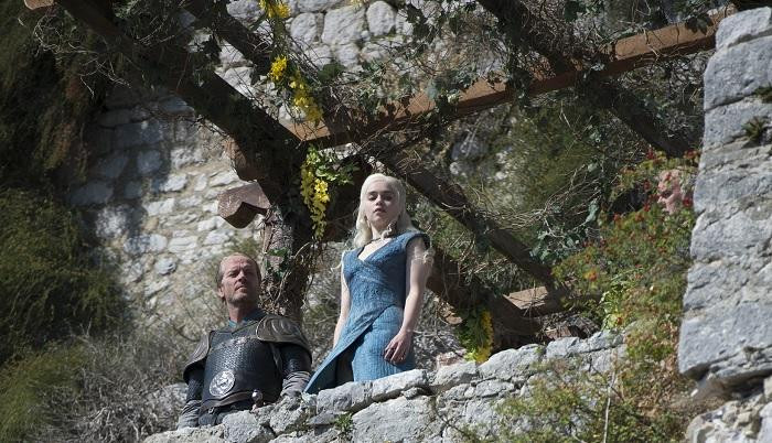 Daenerys and Jorah at Klis Fortress. She is about to banish Jorah from Mereen for betraying her