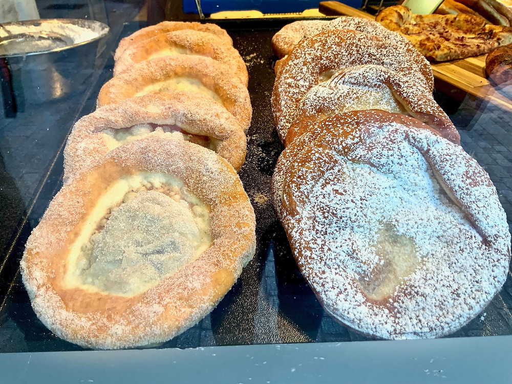the Streuseltaler, a German pastry