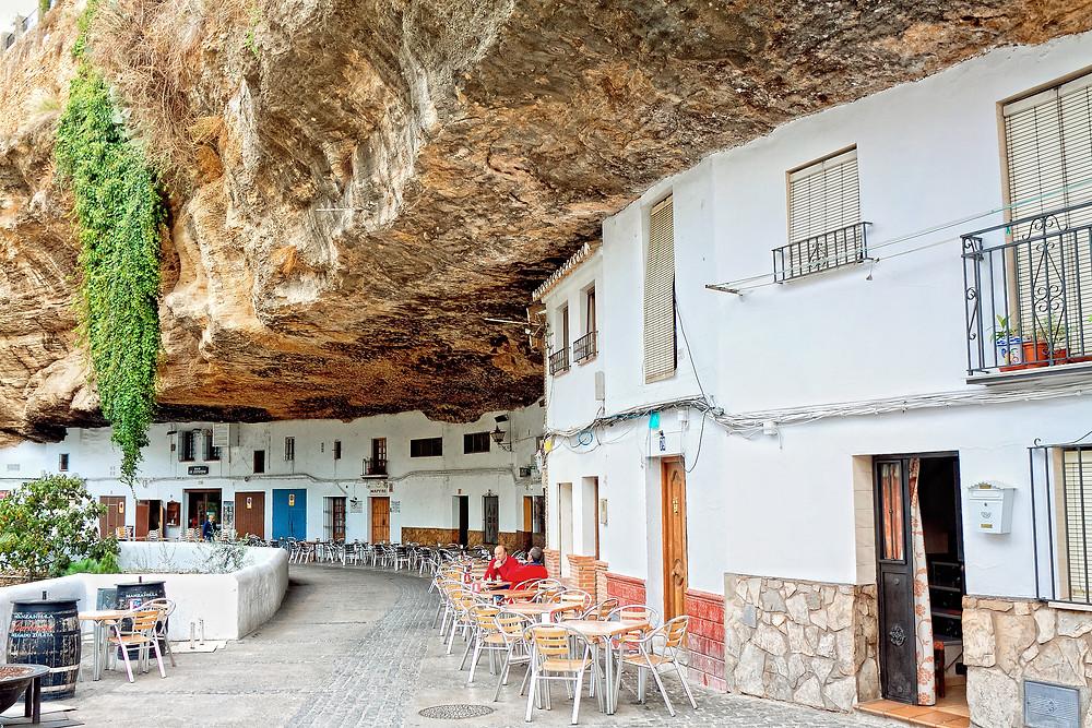 Setenil de las Bodegas, a geological marvel