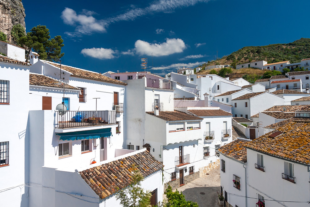 pretty white pueblos in Zahara de la Sierra