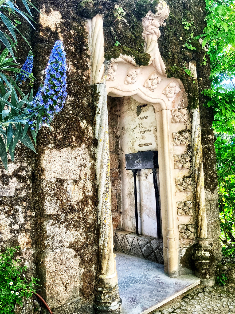 a door to the Chapel of Regaleira