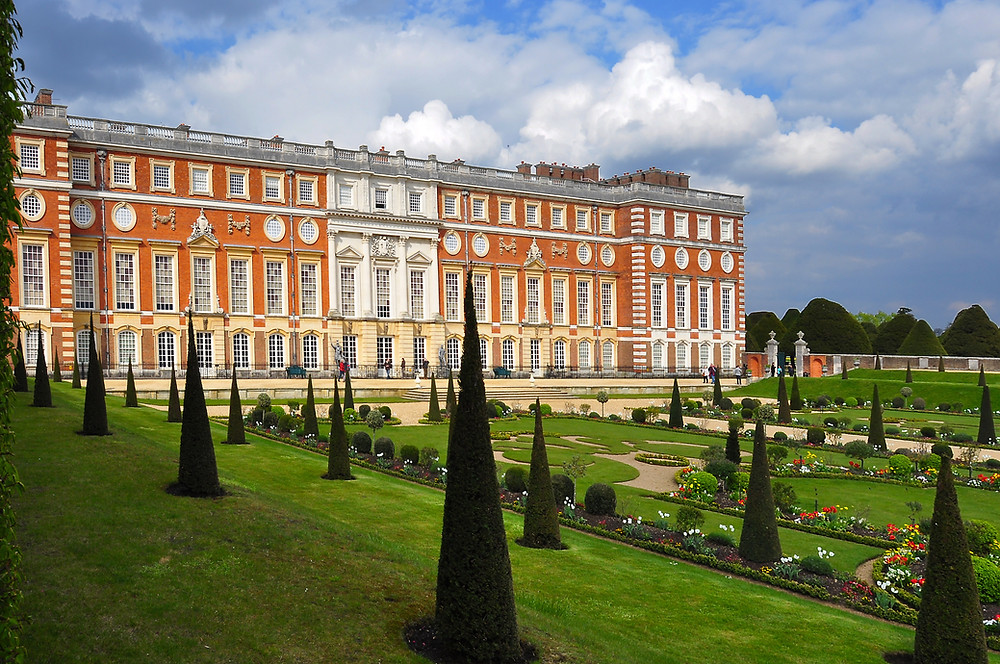 the Fountain facade of Hampton Court Palace outside London