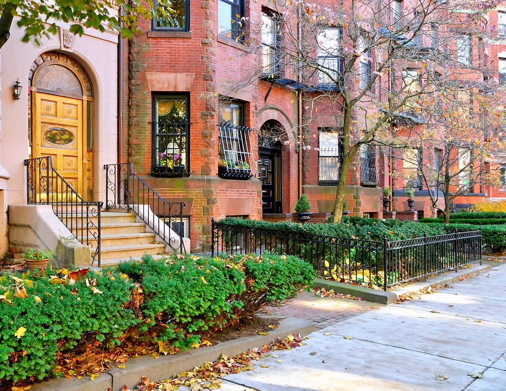 townhouses in beautiful Back Bay, a must see historic neighborhood in Boston