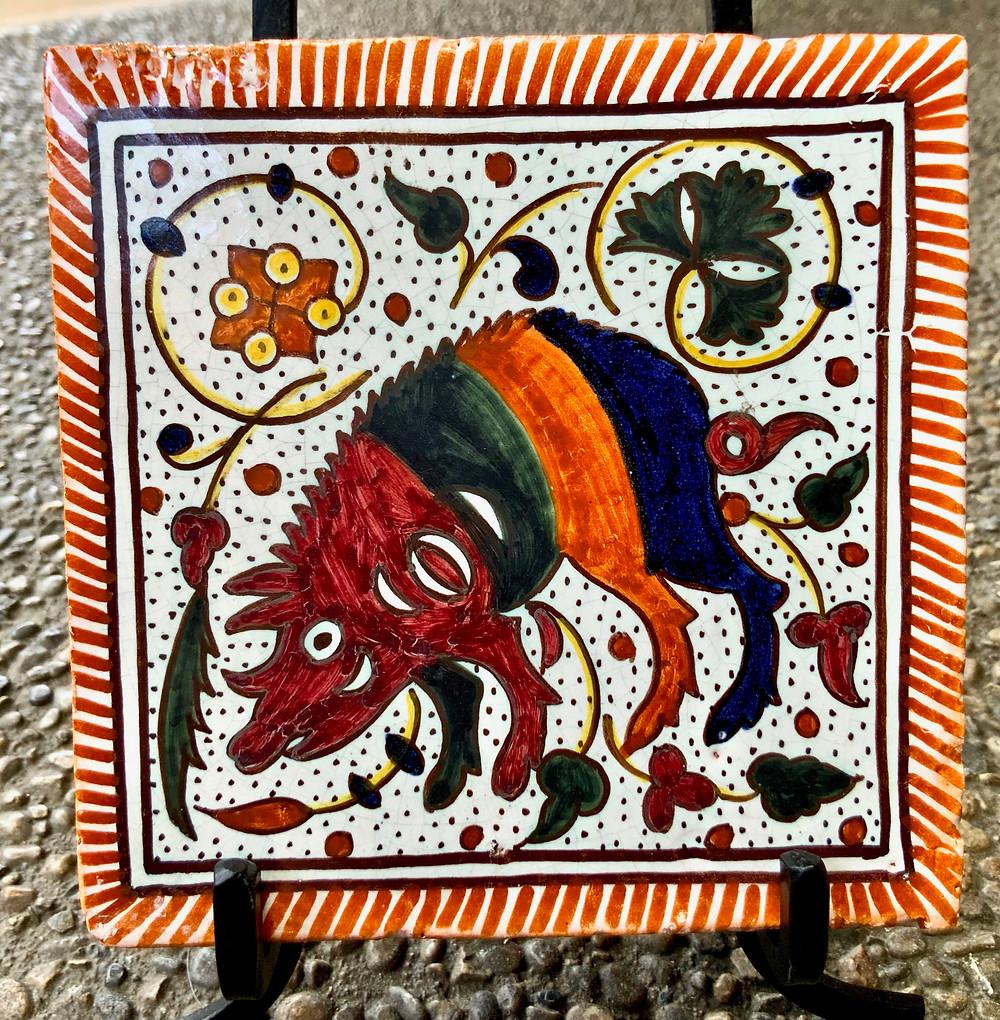 my adorable hedgehog tile from the Carlos Tomás studio in Coimbra