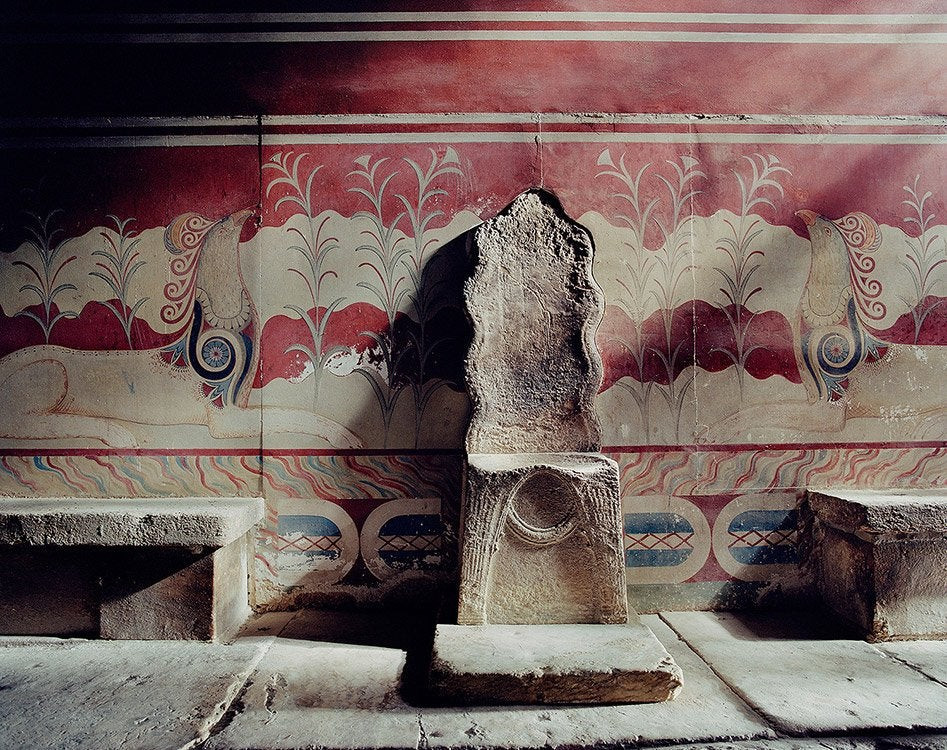 """the alabaster """"throne,"""" which Evans claimed was for King Minos"""