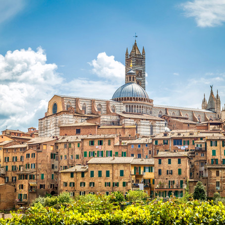 How To Spend One Day In Siena Italy, a Rose-Toned Medieval Gem