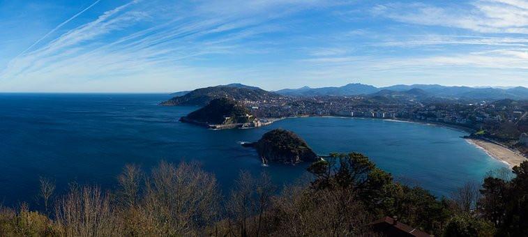 the stunning setting of San Sebastian Spain