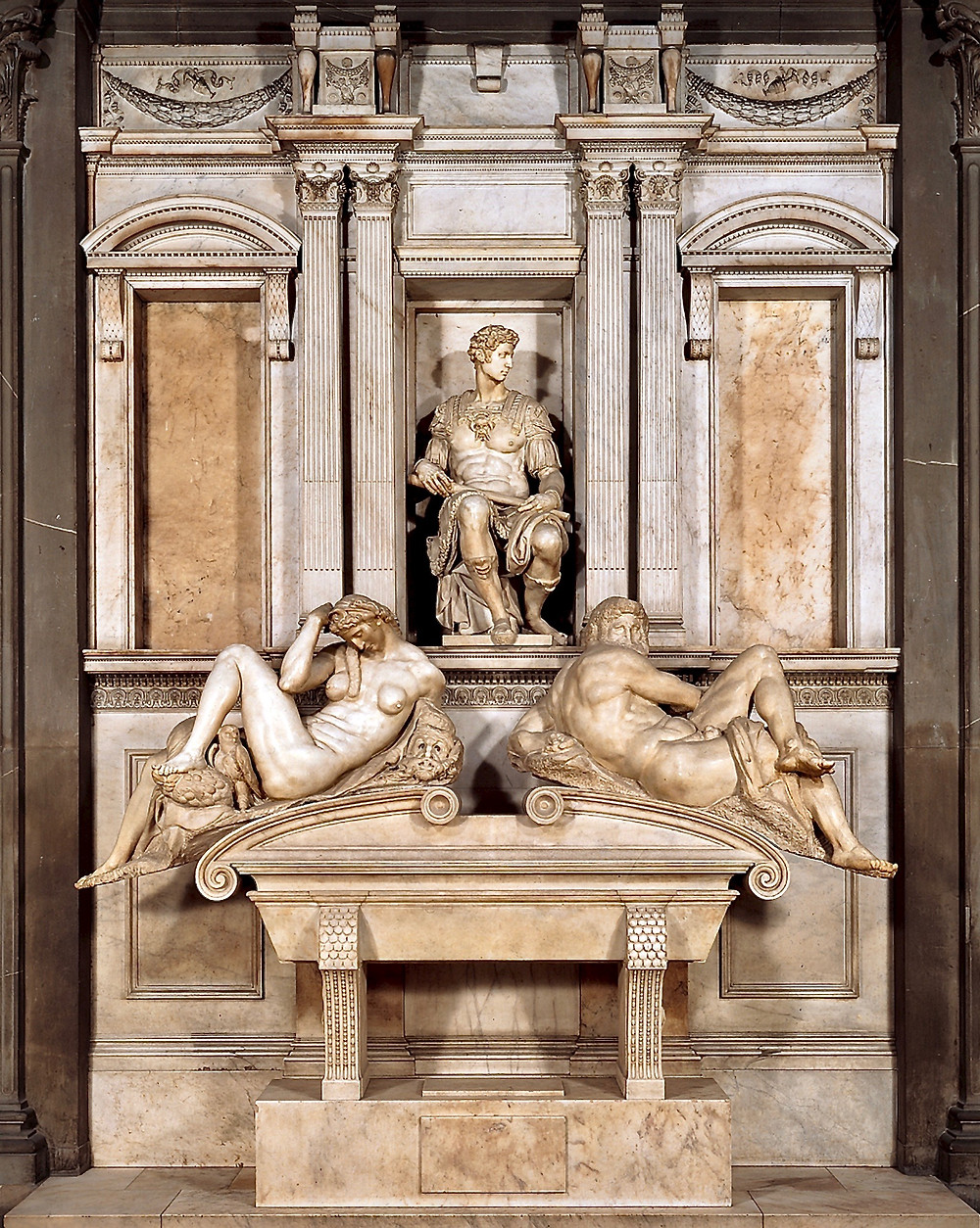 Giuliano de Medici's tomb in the Medici Chapel