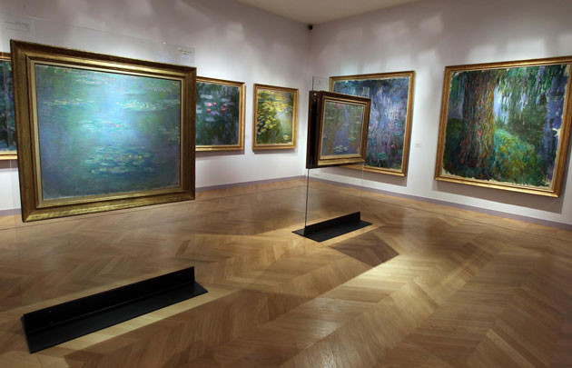 Monet's water lily paintings at the Musée Marmottan Monet in Paris
