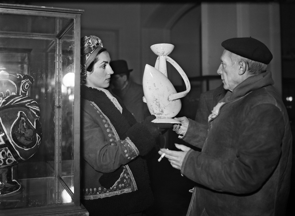 photo of Francoise Gilot and Picasso