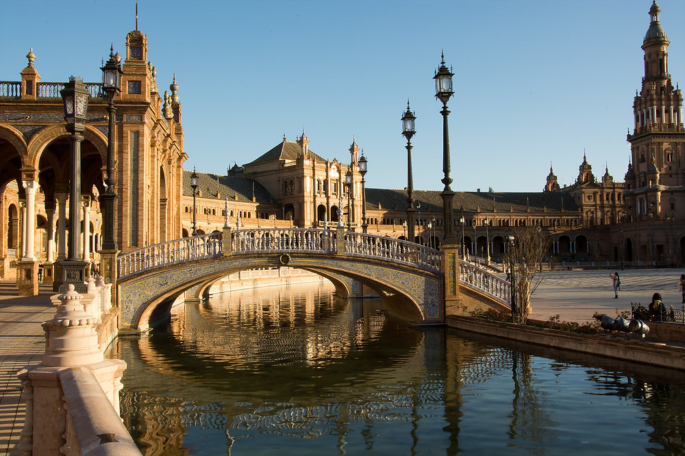 the dramatic Plaza de Espagna in Seville