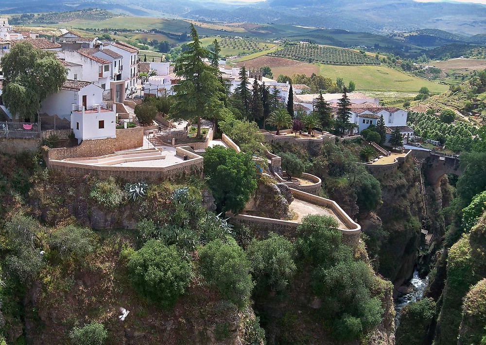 the white pueblo town of Ronda