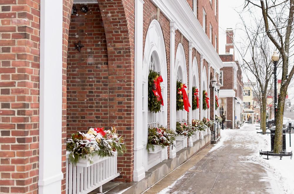 Hanover Inn, decorated for Christmas