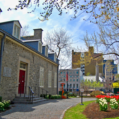 Guide To the Chateau Ramezay in Montreal