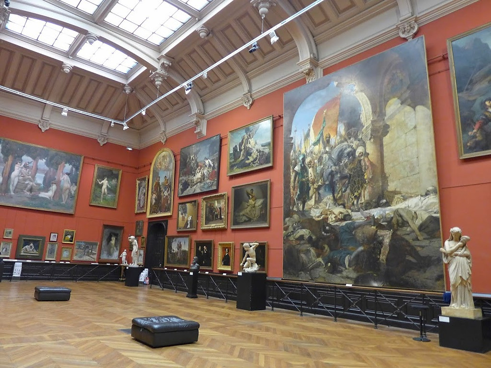 paintings inside the Musée des Augustins