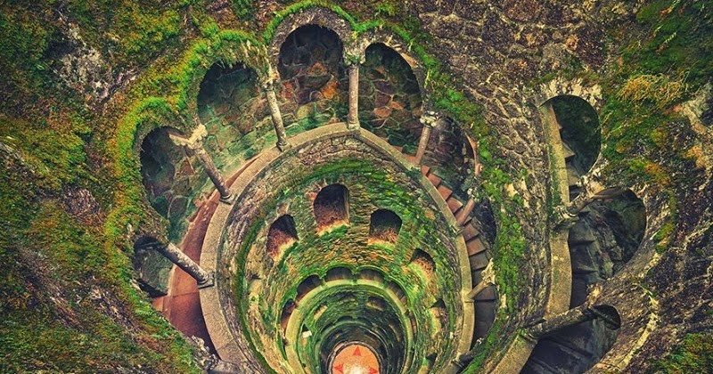 the spiral initiation well at in the Quinta da Regaleira gardens