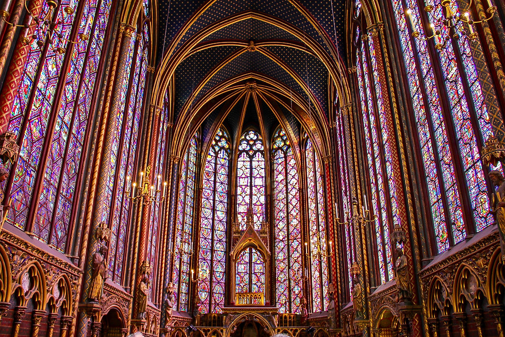 the magnificent stained glass in Saint Chapelle