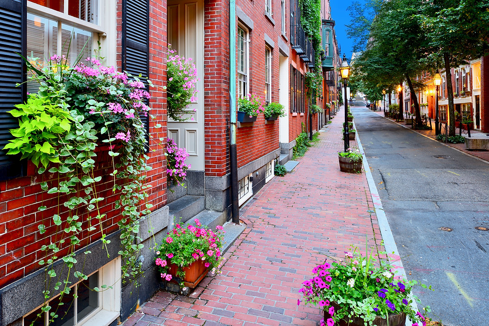 pretty street in Beacon Hill, Boston's most historic neighborhood