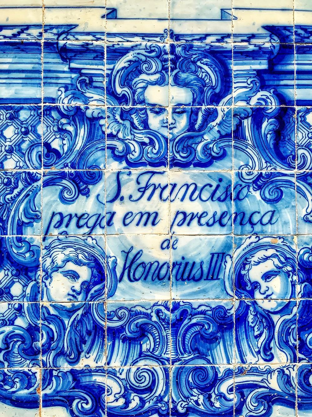 facade detail at Capela das Almas