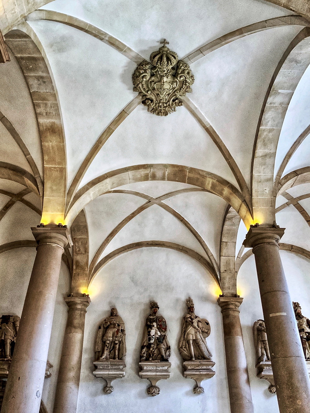 vaulted ceilings of the Kings Hall in Alcobaça monastery