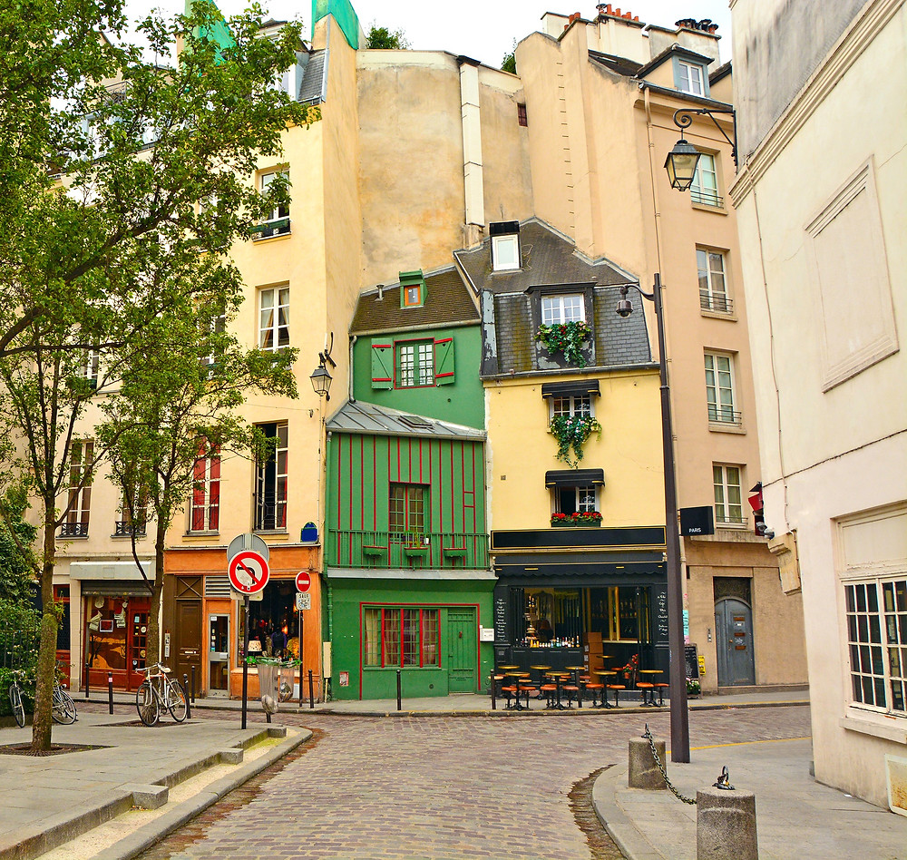 photogenic spot in the Latin Quarter, with Odette Bakery