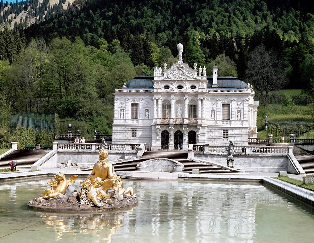 Linderhof Palace, a must see landmark in Bavaria