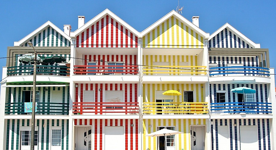 striped houses on Costa Nova Beach