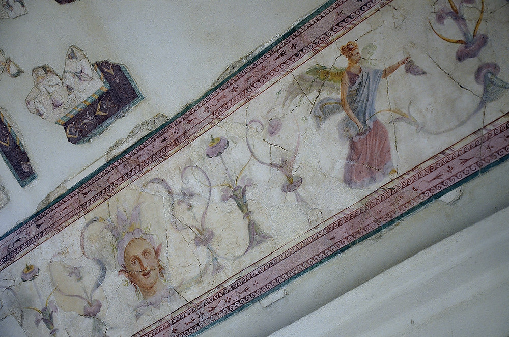 ceiling frieze in the Emperor's Study