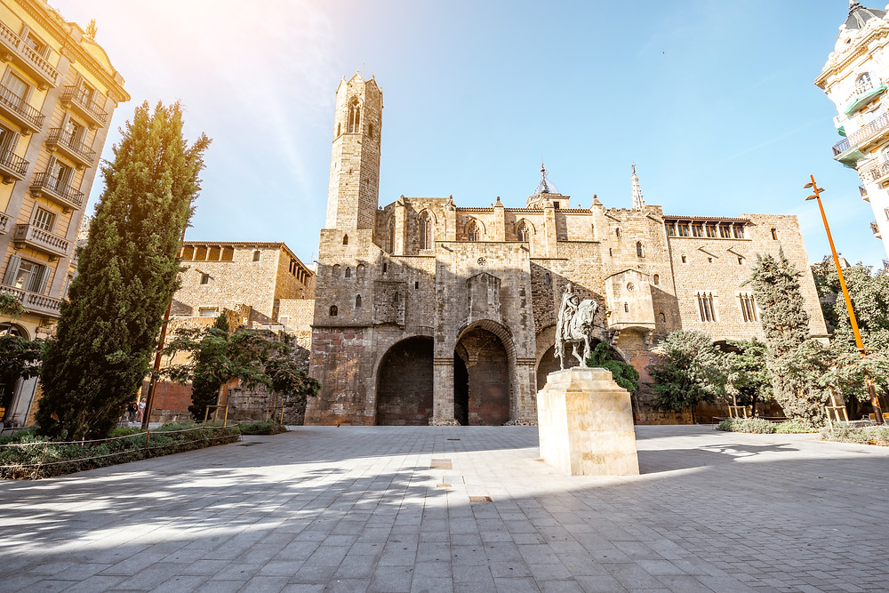 Royal palace and statue of Ramon Berenguer