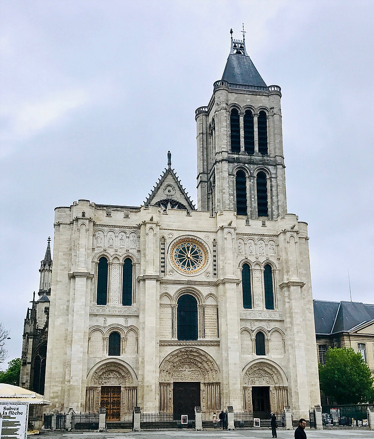 the lopsided Basilica de Saint-Denis on a cloudy day in April. As you can see, the front facade was recently cleaned.