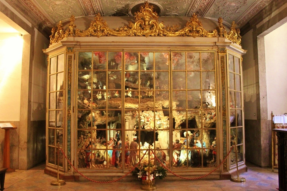 nativity scene at the Basílica da Estrela